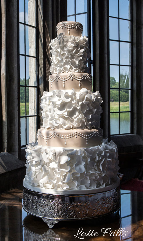 Ruffles And Frills Wedding Cakes Hall Of Cakes