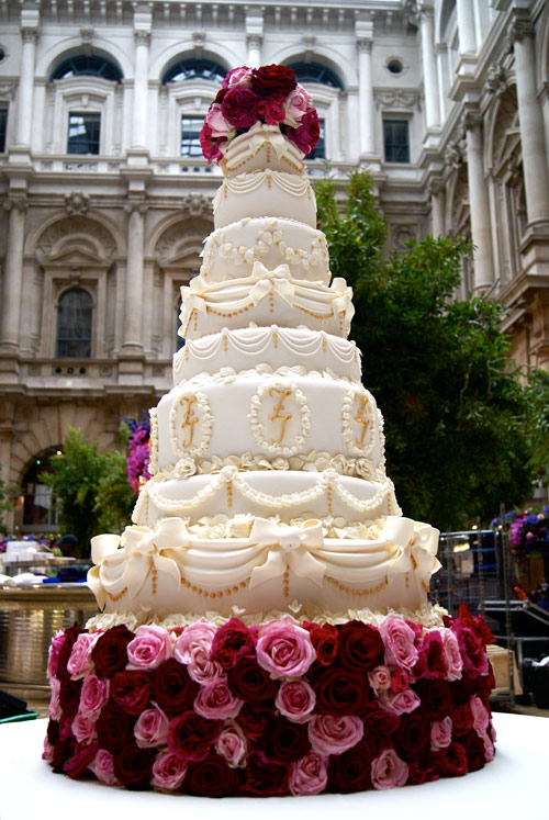 Gold Wedding Cakes Hall Of Cakes