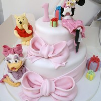 Minnie, Daisy and Winnie Two tiered cake