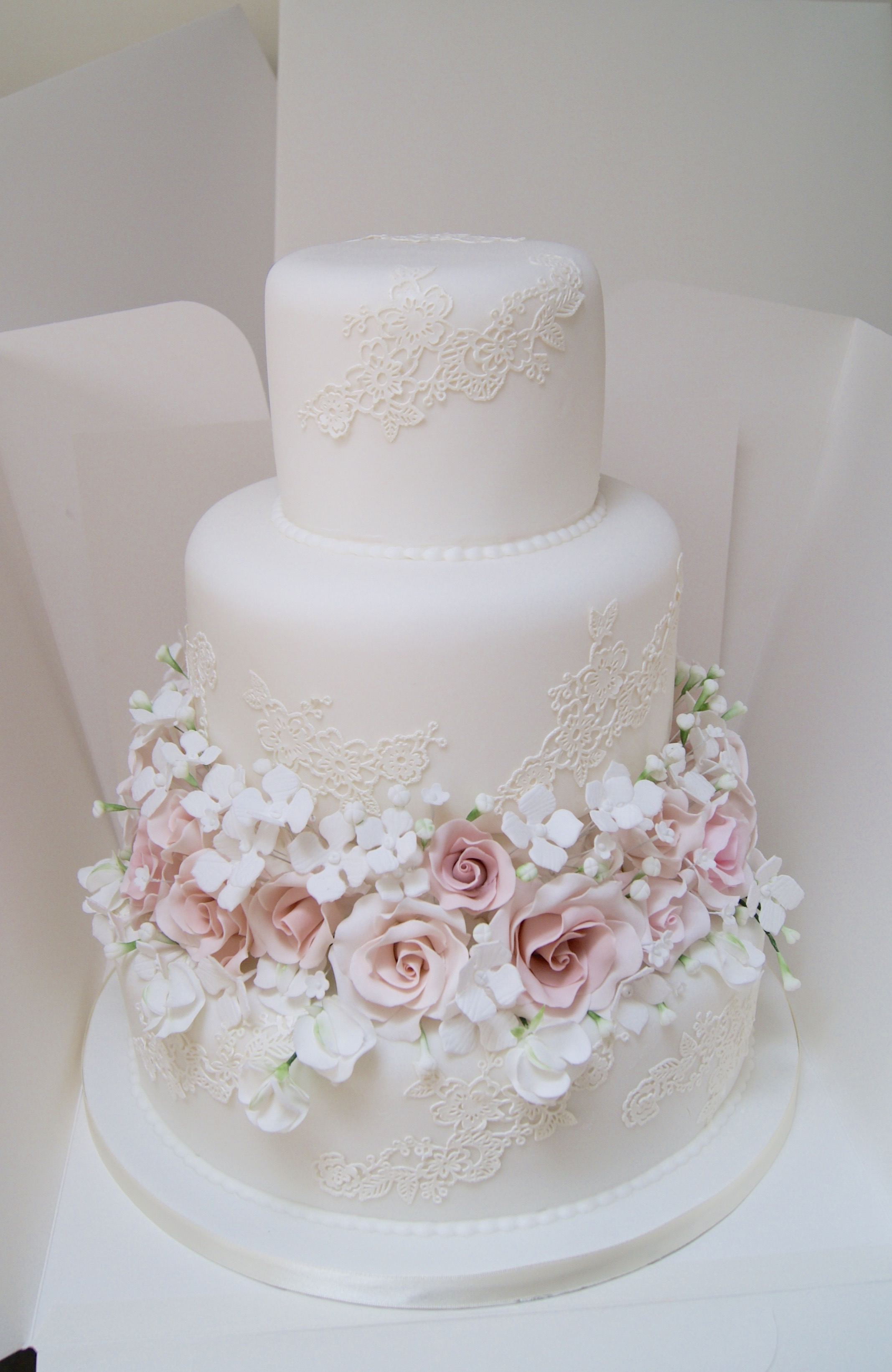 Bespoke wedding cakes hall of cakes junglespirit Image collections
