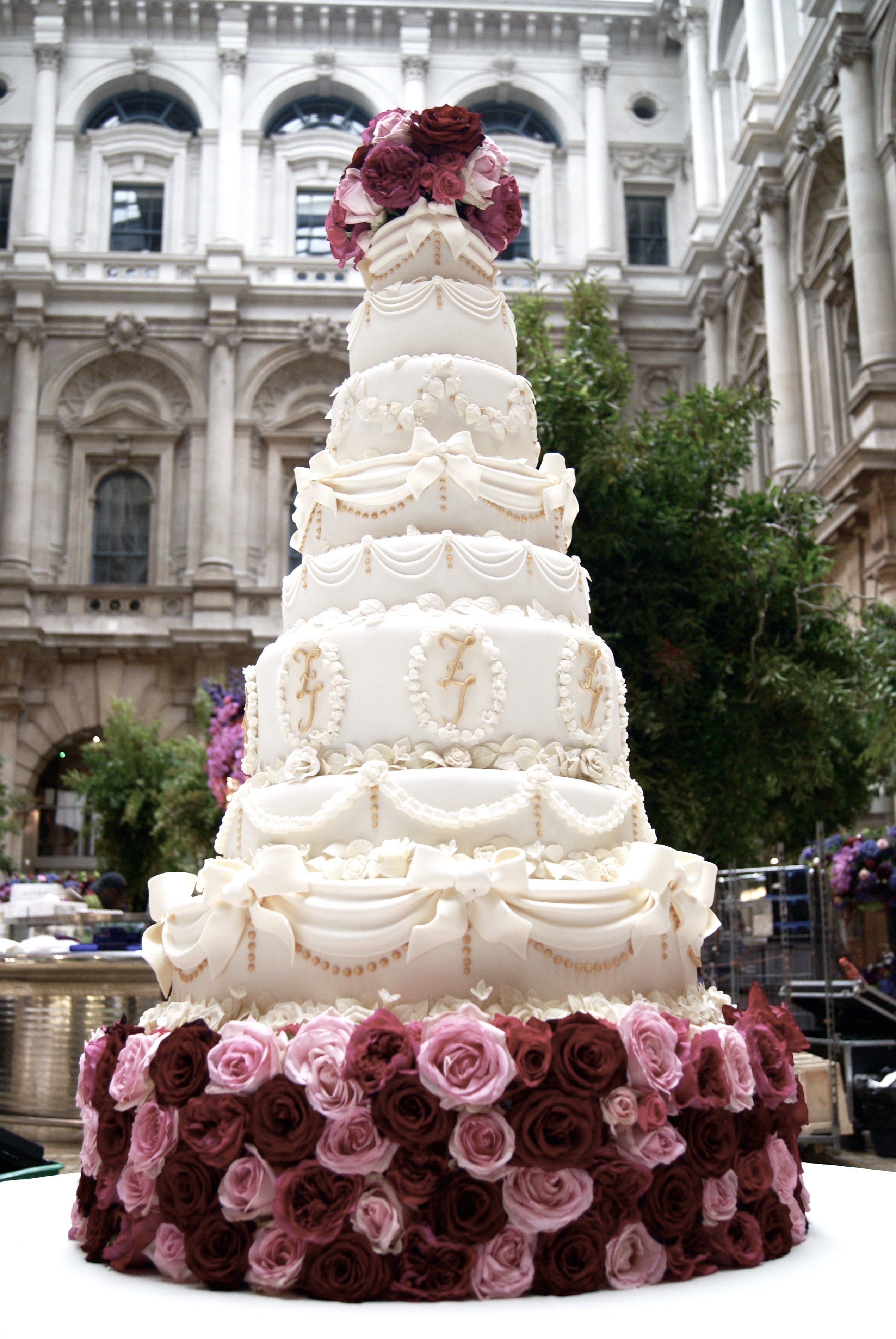 wedding cake companies bespoke wedding cakes of cakes 22222
