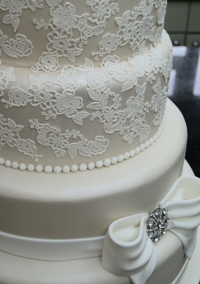 wedding cake lace frosting lace wedding cakes of cakes 23051